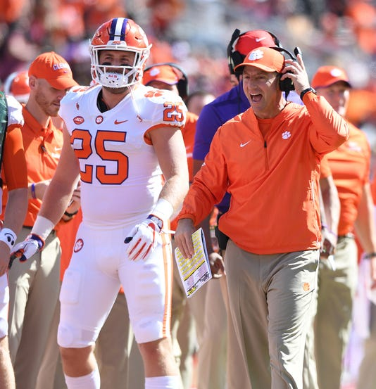 Clemson Opens High In The First College Football Playoff Standings
