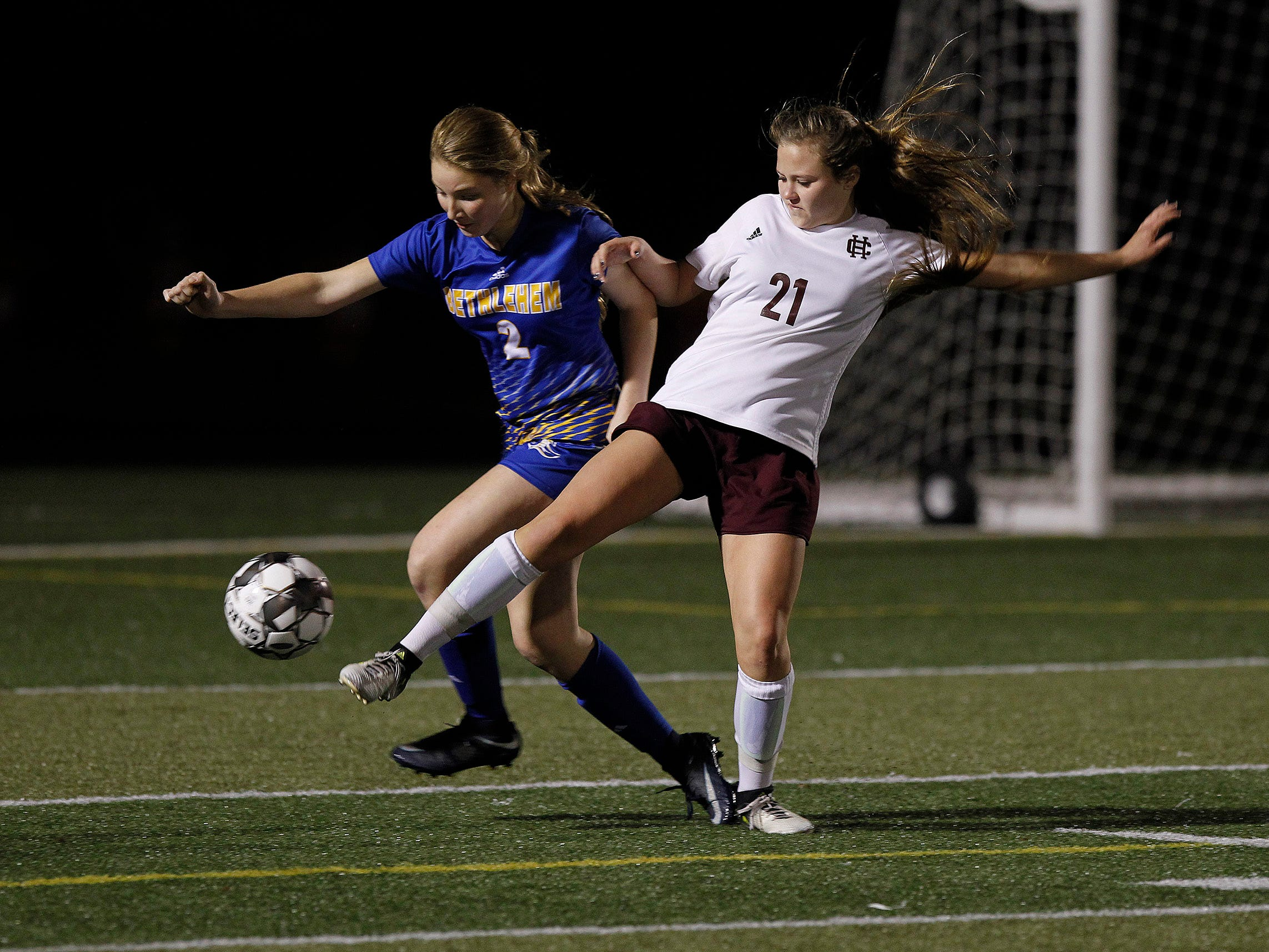Henderson County's Cecilia Palummo defends against Bethlehem in the KHSAA state quarterfinals at Paul Laurence Dunbar in Lexington, Ky., Saturday night.