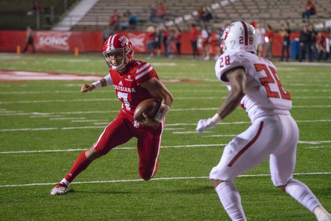 UL quarterback Andre Nunez had this touchdown run in last Saturday's win over Arkansas State. Nunez and the 4-4 Ragin' Cajuns visit Troy this Saturday.