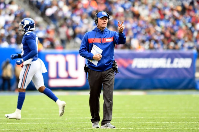 New York Giants head coach Pat Shurmur calls for a timeout in the first half against the Washington Redskins on Sunday, Oct. 28, 2018, in East Rutherford.