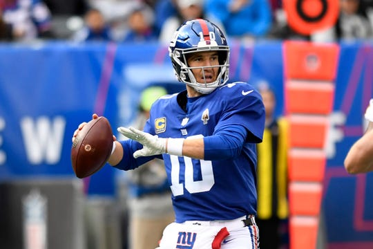 New York Giants quarterback Eli Manning (10) throws against the Washington Redskins in Week 8 on Sunday, Oct. 28, 2018, in East Rutherford.