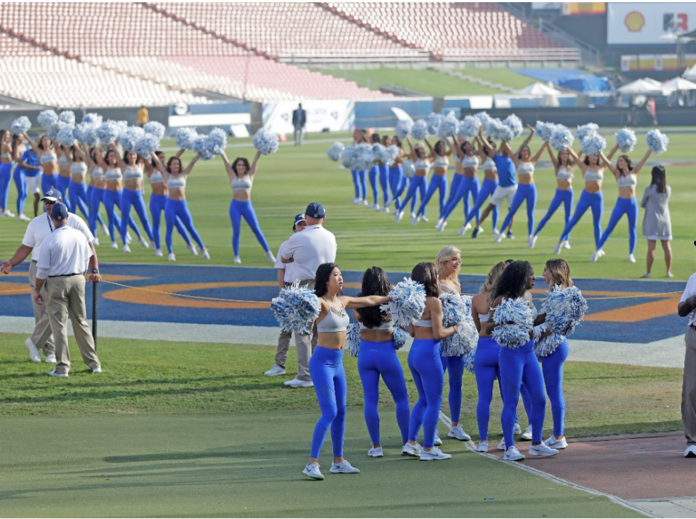 Cheerleaders rehearse before the game against the LA Rams Sunday, October 28, 2018 at the Memorial Coliseum in Los Angeles.