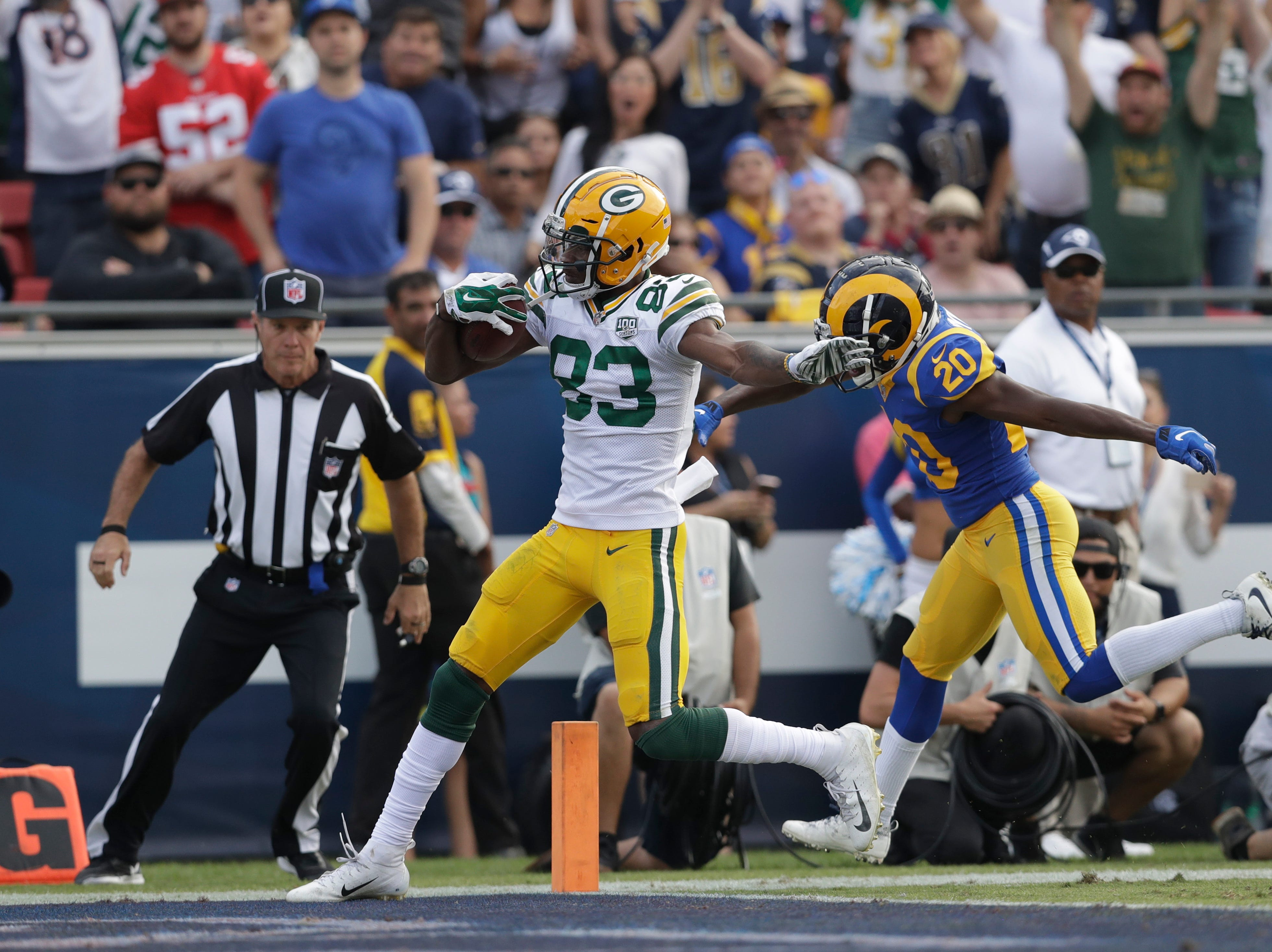 Green Bay Packers wide receiver Marquez Valdes-Scantling scores a touchdown during the second half of an NFL football game against the Los Angeles Rams, Sunday, Oct. 28, 2018, in Los Angeles. (AP Photo/Marcio Jose Sanchez)
