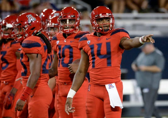 Ncaa Football Oregon At Arizona
