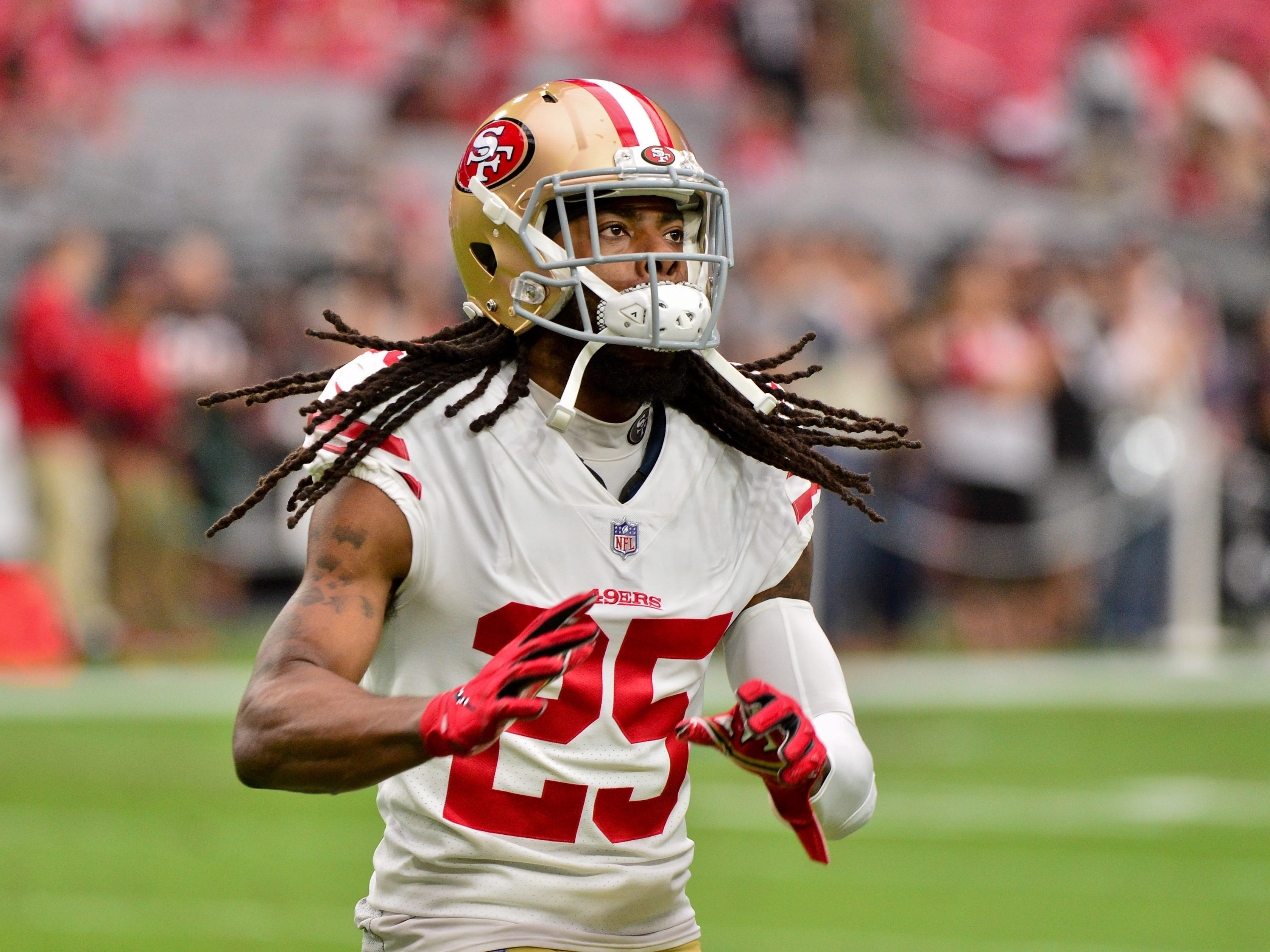 Oct 28, 2018; Glendale, AZ, USA; San Francisco 49ers cornerback Richard Sherman (25) warms up prior to the game against the Arizona Cardinals at State Farm Stadium.