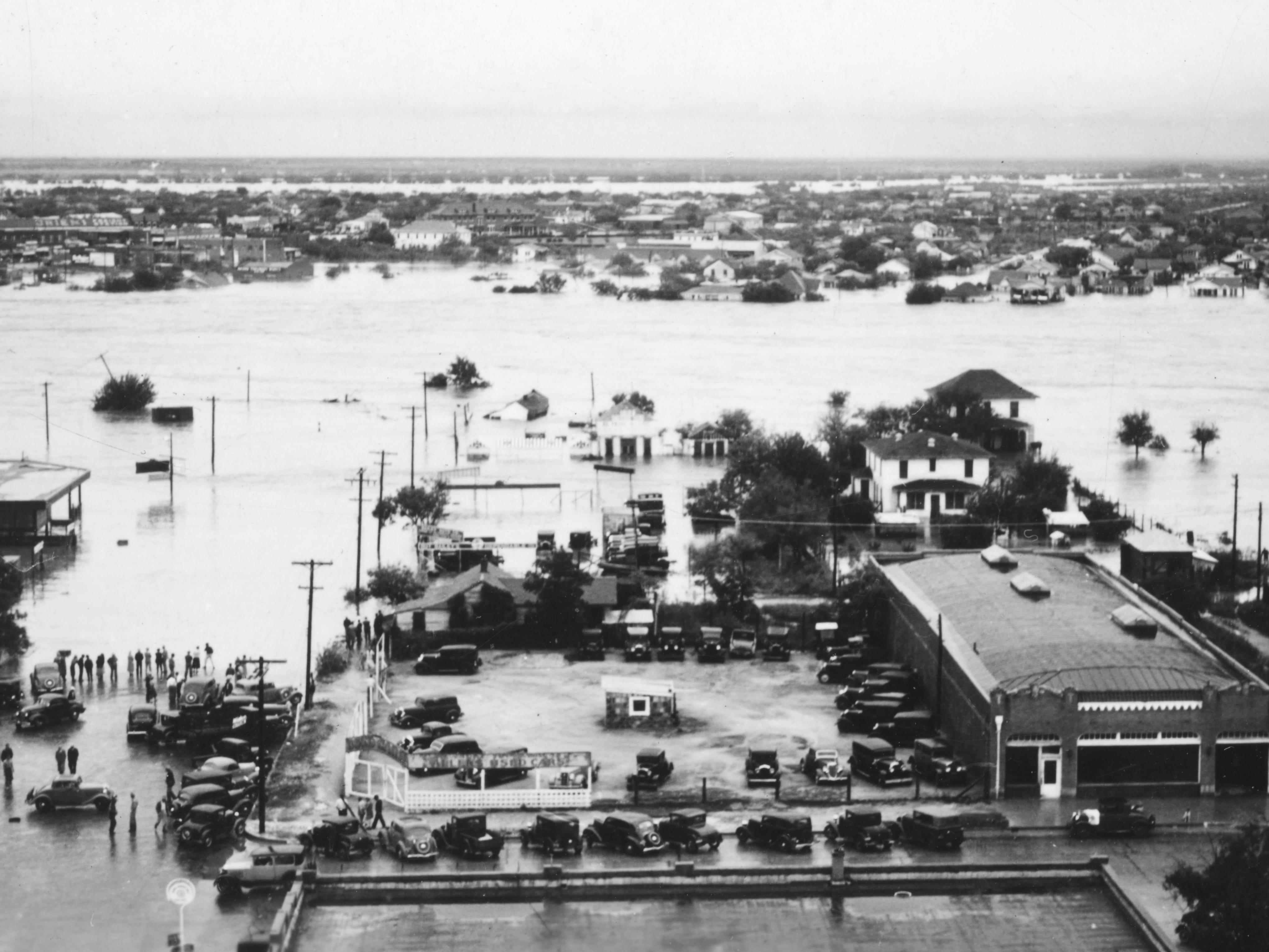 This picture views Irving Street from the McBurnett Building during the flood of 1936 in San Angelo.