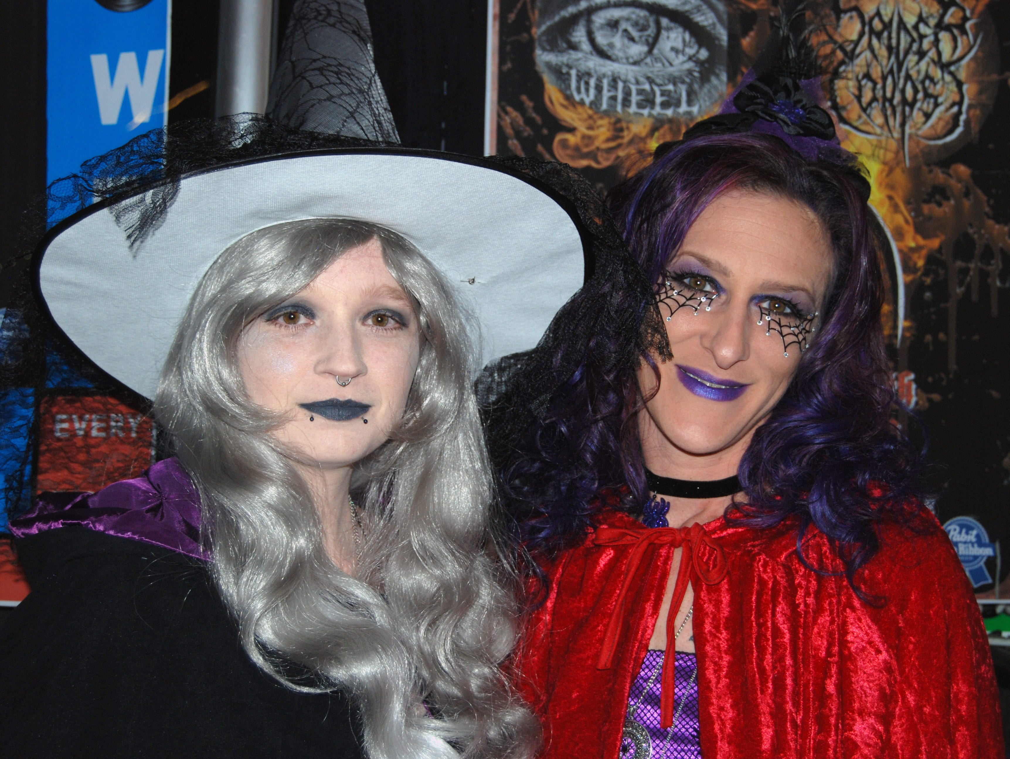 Shayla and Sapphire Wright