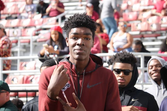 Three-star basketball center Naheem McLeod officially visits FSU for the Clemson game in 2018.