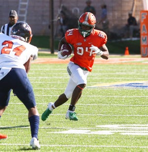 FAMU wide receiver Chad Hunter scored a touchdown in the 38-3 rout over Morgan State.