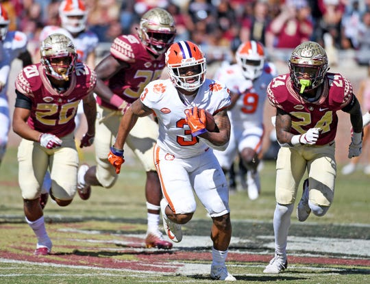 Clemson wide receiver Amari Rodgers breaks free from the Florida State defense for a touchdown in the second half.