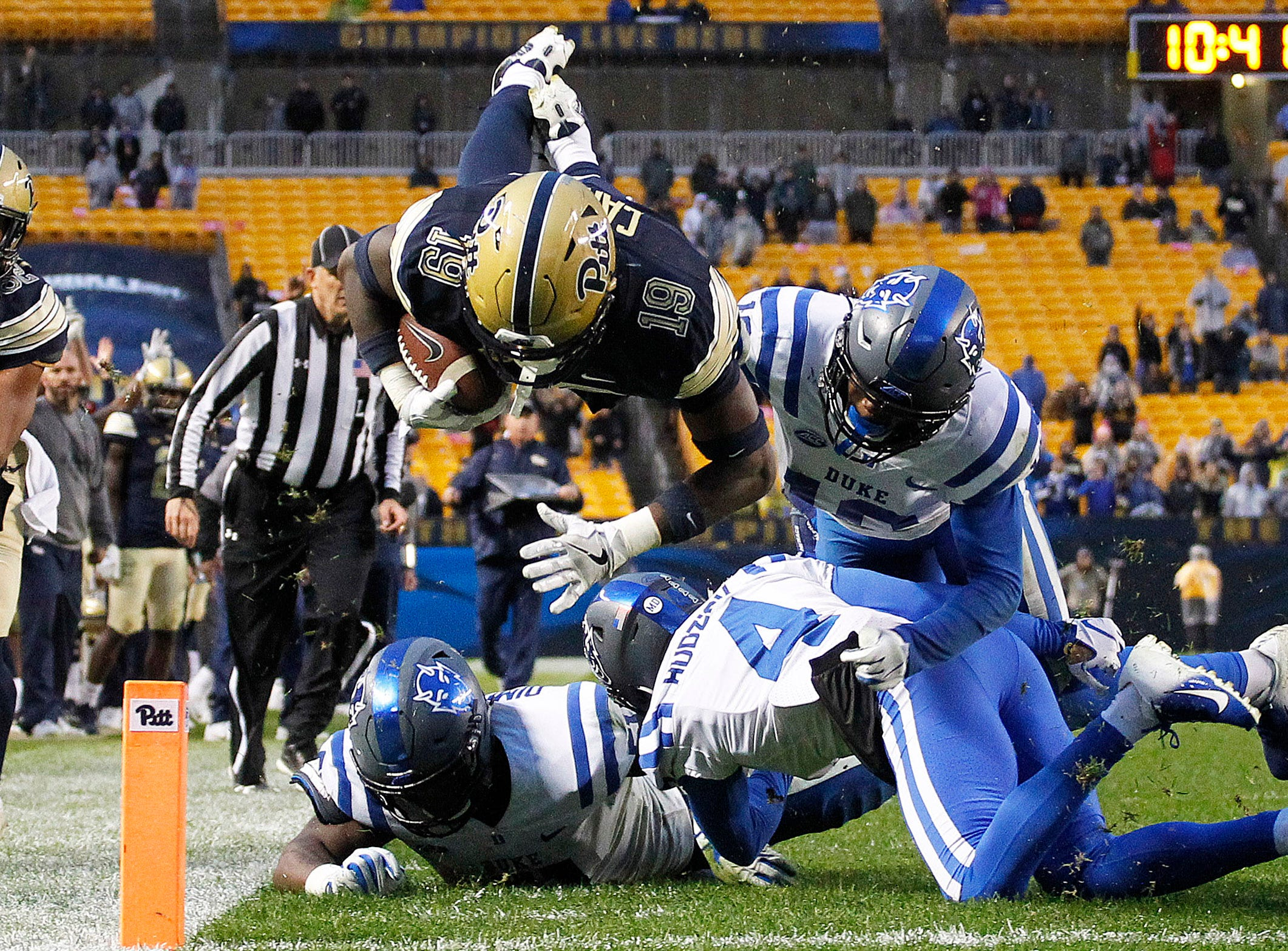 Pittsburgh Panthers wide receiver V'Lique Carter (19) dives into the end zone to score a touchdown against the Duke Blue Devils during the fourth quarter at Heinz Field.