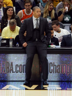 Tyronn Lue will take over as new Clippers head coach.