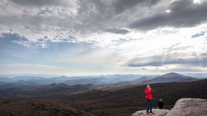 Blue Ridge Parkway completely open in NC for first time this year