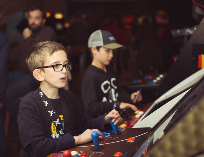 This Saturday November 3, video gamers throughout Vermont and Northern New York will try to top each other and competitors around the world playing Dungeons & Dragons, Monopoly and many other kinds of match-ups for 24 hours straight.