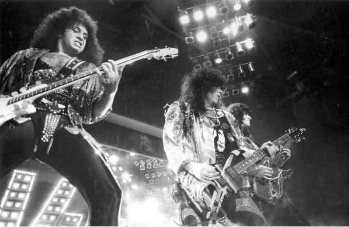 February 24, 1986 - KISS performs at Memorial Coliseum.
