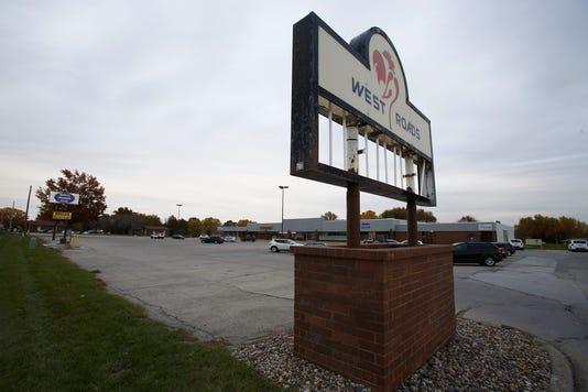 West Roads Mall 01