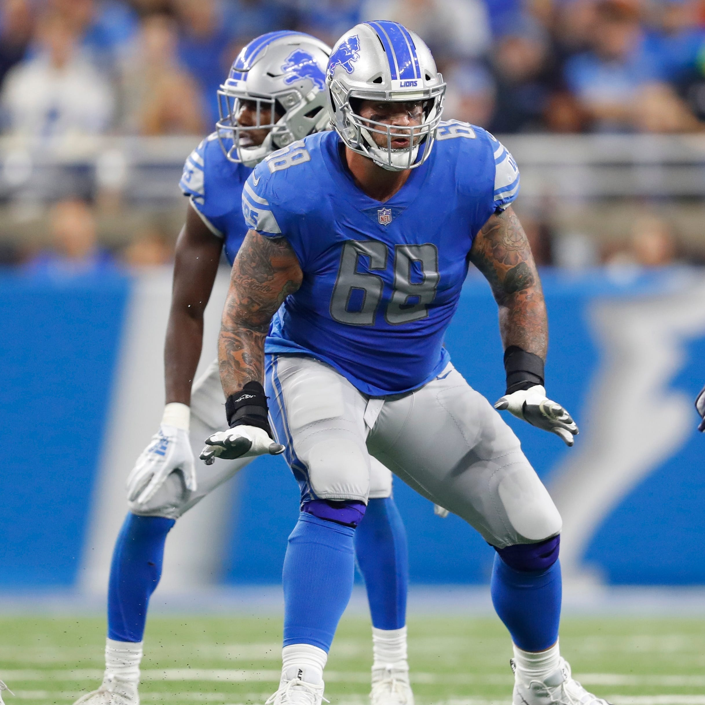 Lions holding off on deciding to pick up Taylor Decker's fifth-year option