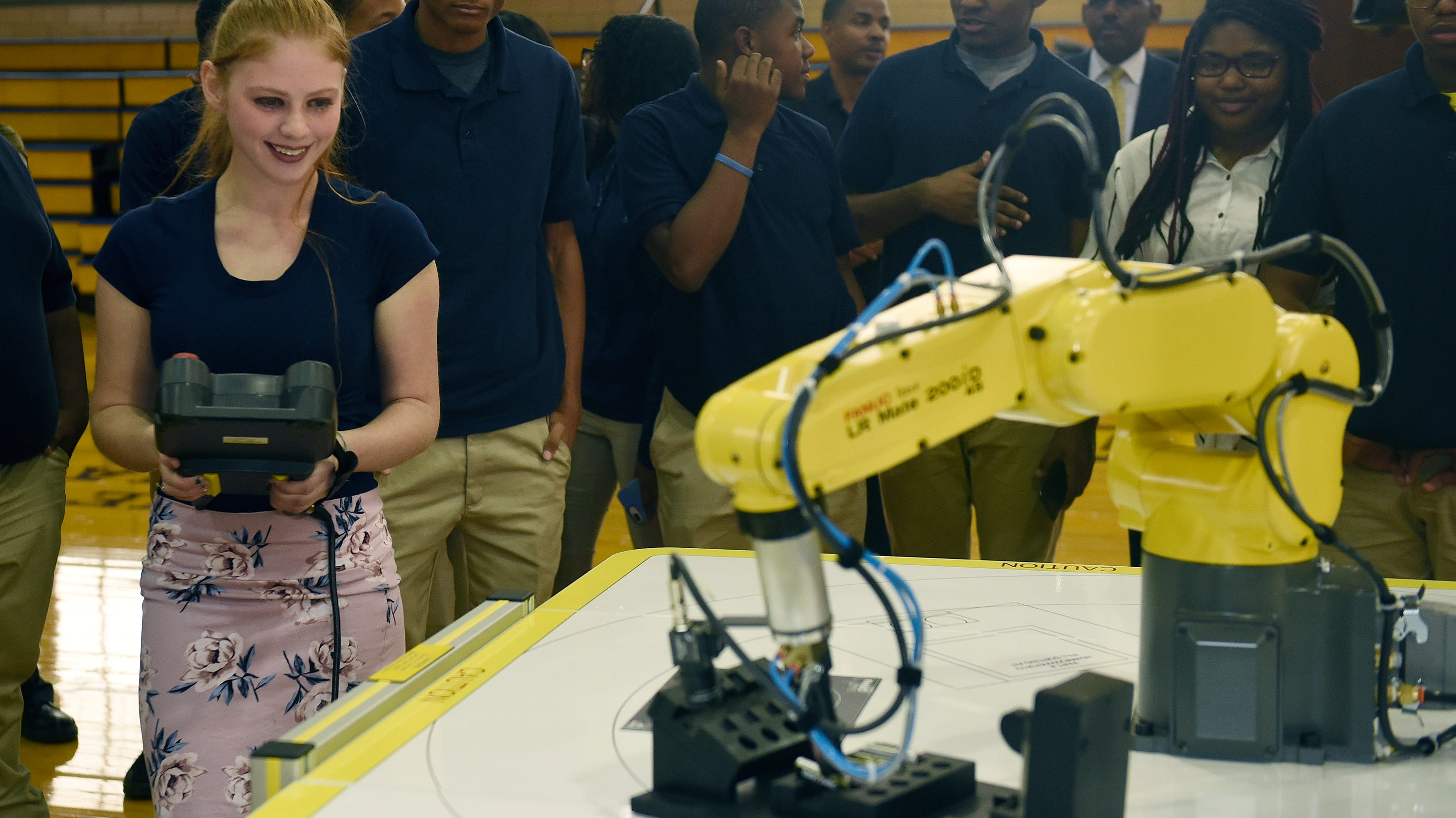 New robotics class launches at two Detroit high schools