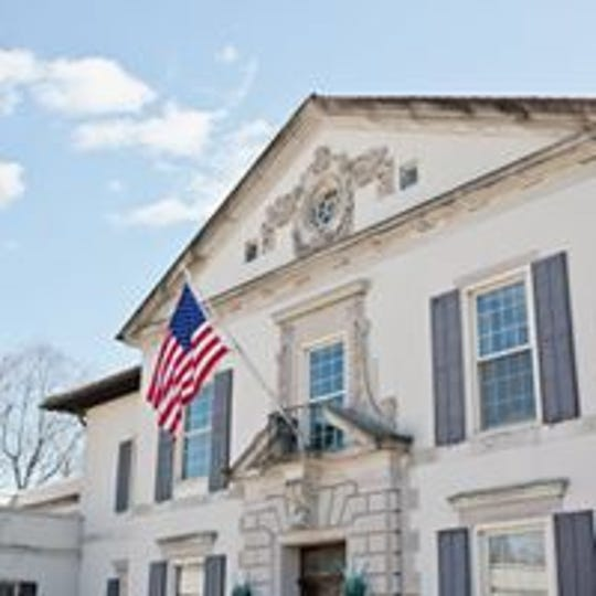 The Alger House will be the venue for this weekend's Art and Antiques, a full fundraiser for the War Memorial in Grosse Pointe Farms.