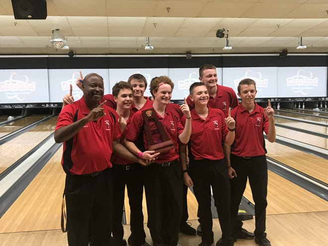 The North Fort Myers bowling team made it a sweep of the conference and District 6 titles as they downed Island Coast in the final at Bowland in Cape Coral on Monday.