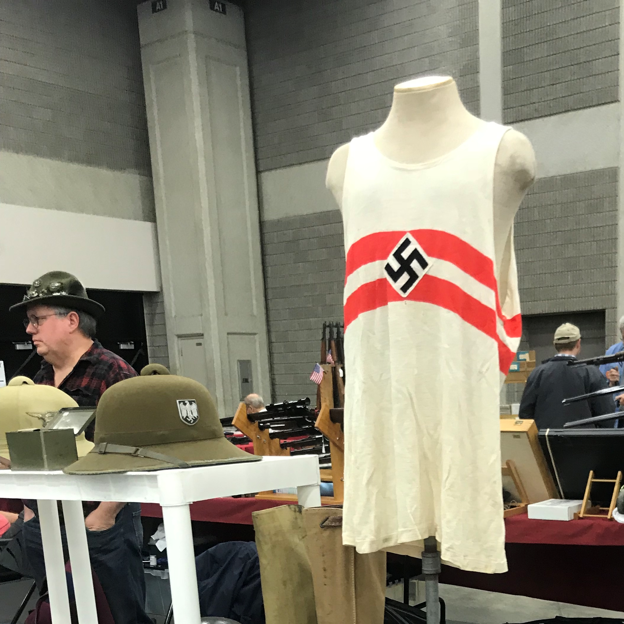 Louisville gun shows peddle more Nazi crap than those in nearby cities