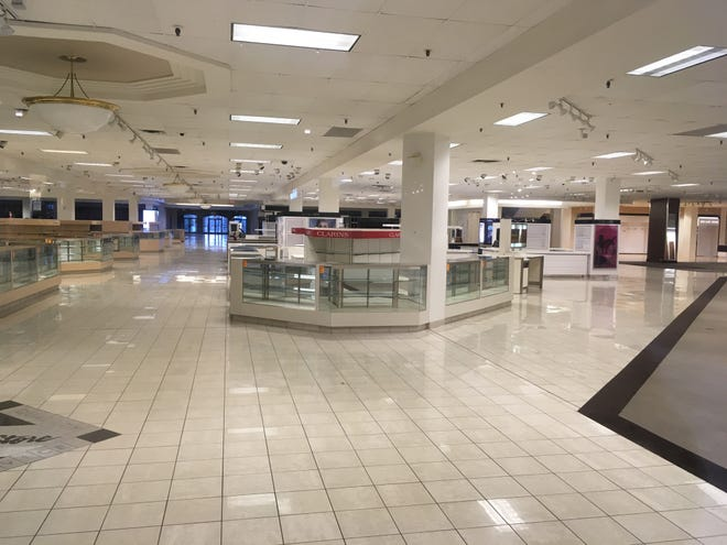 The former Boston Store at Brookfield Square stands vacant.