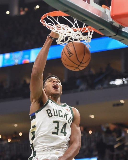 Nba Orlando Magic At Milwaukee Bucks