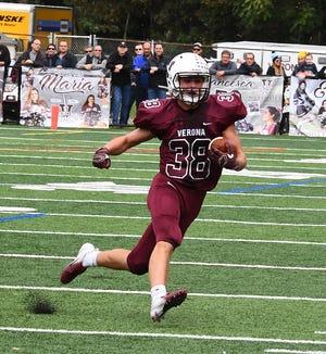 Verona running back Frank Riggio