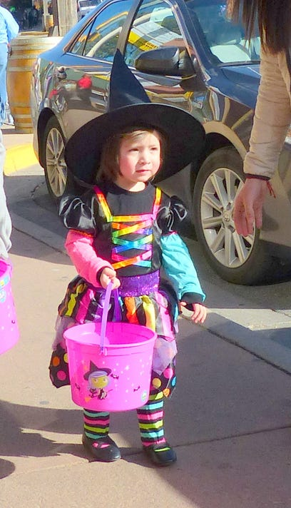 wee witch halloween