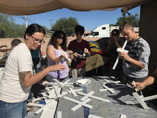 Crean Cruces Blancas Por Cada Inmigrante Muerto En Desierto De Arizona Eeuu