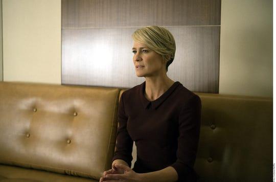 El peso de la sexta y última temporada de la serie House of Cards, que estrena el viernes, recaerá en Robin Wright (foto).