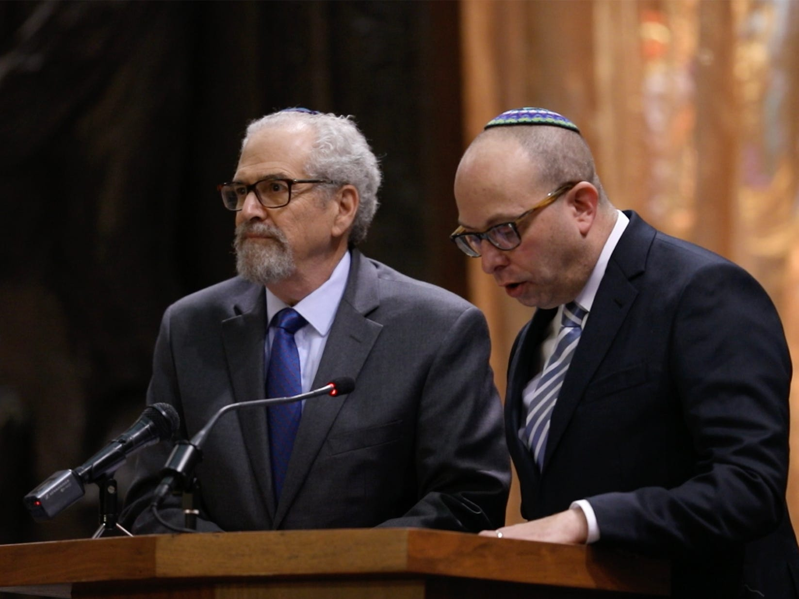 Rabbi Alan Katz with Temple Sinai and Rabbi Michael Silbert with Temple Beth David read from Psalms.