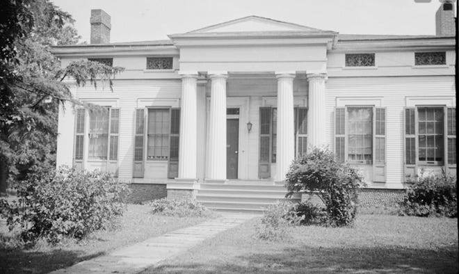 This Greek Revival house was built in the 1840s by Elihu Kirby, a shopkeeper, at East Henrietta and Lehigh Station Roads in Henrietta. It's shown in July 1935.