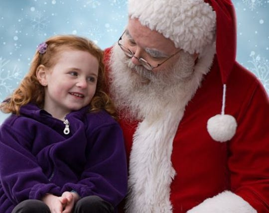 """Riverfront Playhouse performs """"Miracle On 34th Street"""""""