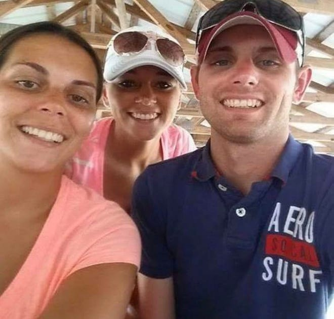 Derek Parks, from right, with his younger sisters Kacy and Kesha.