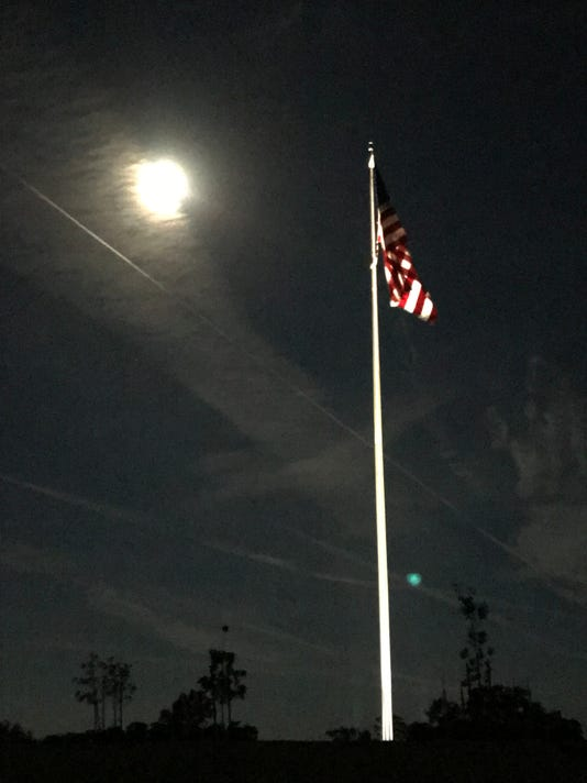 Flag Moon Img 5424