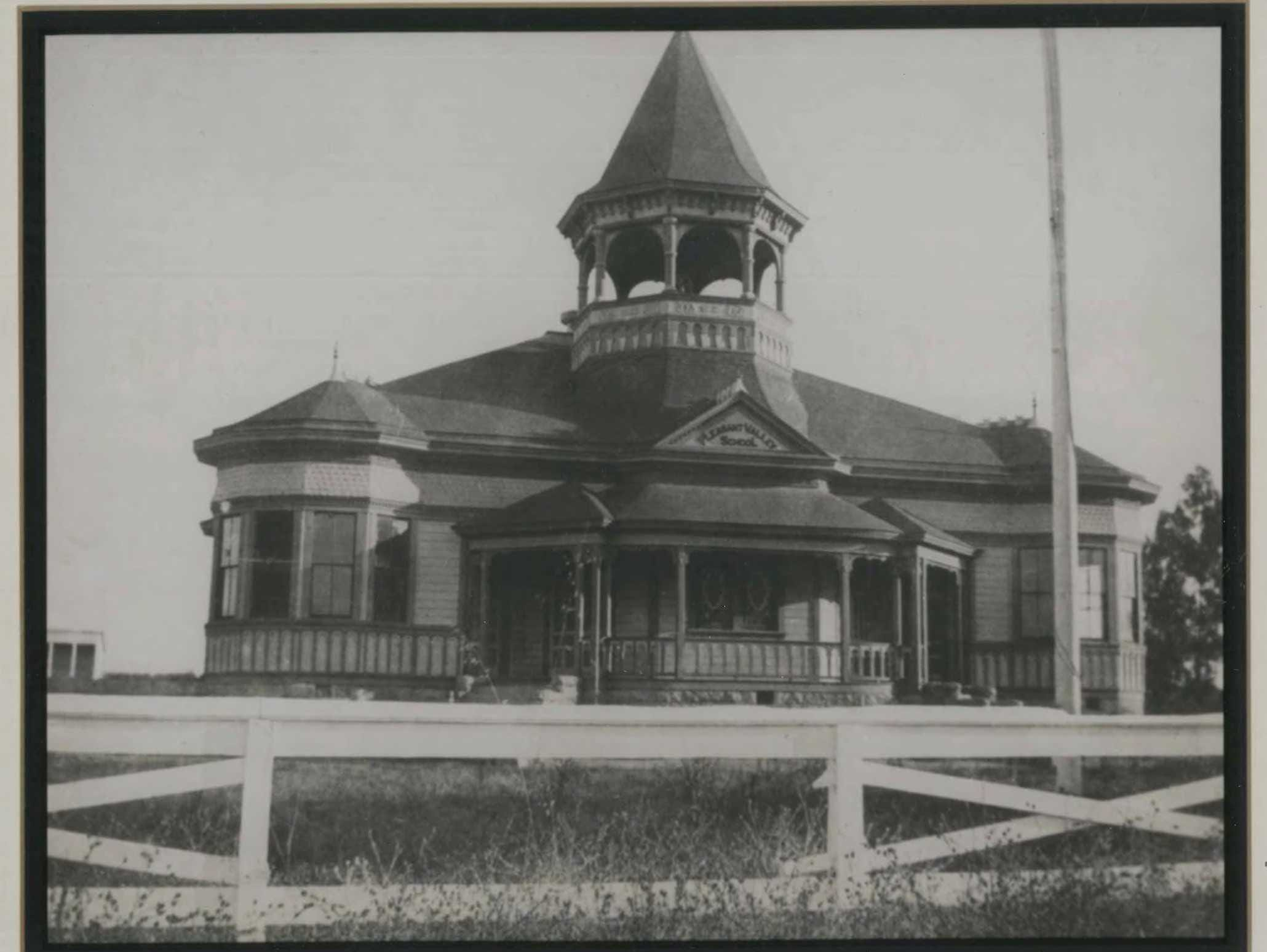 The school house where Pleasant Valley students attended beginning in 1868.