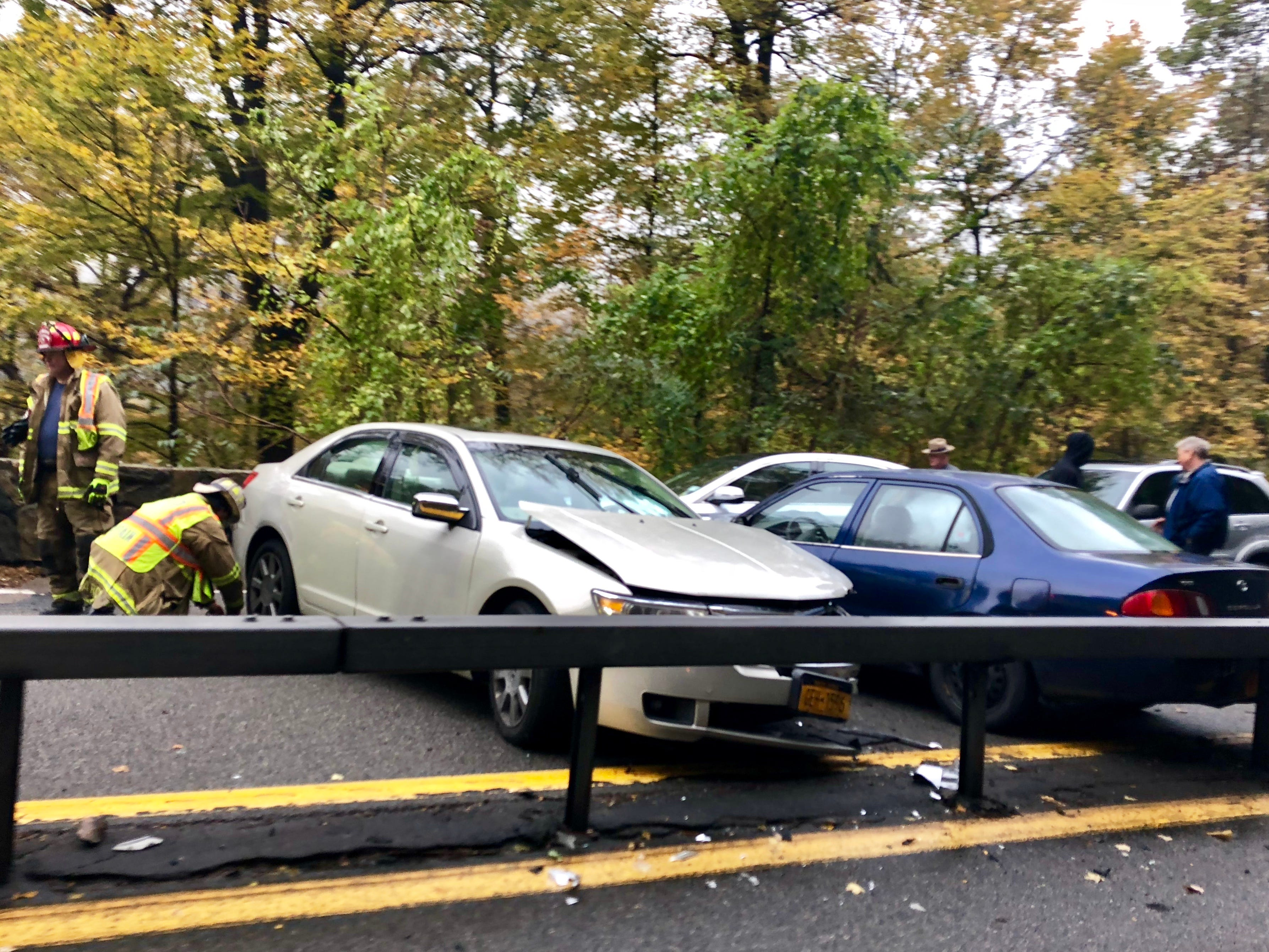 Taconic State Parkway southbound reopened in Putnam after 5-car crash