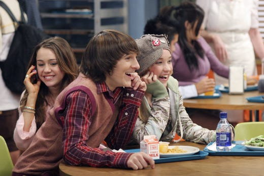 Mitchel Musso played Miley's other best friend, Oliver Oken.