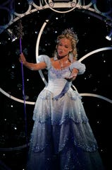 6/6/2004 -- New York --  Kristin Chenoweth performs a number for the musical Wicked  at the 58th Annual Tonys Awards at Radio City Music Hall in New York City.  She's nomminated for Best leading Actress in a Musical for Wicked. Photo by Robert Deutsch  / USA TODAY