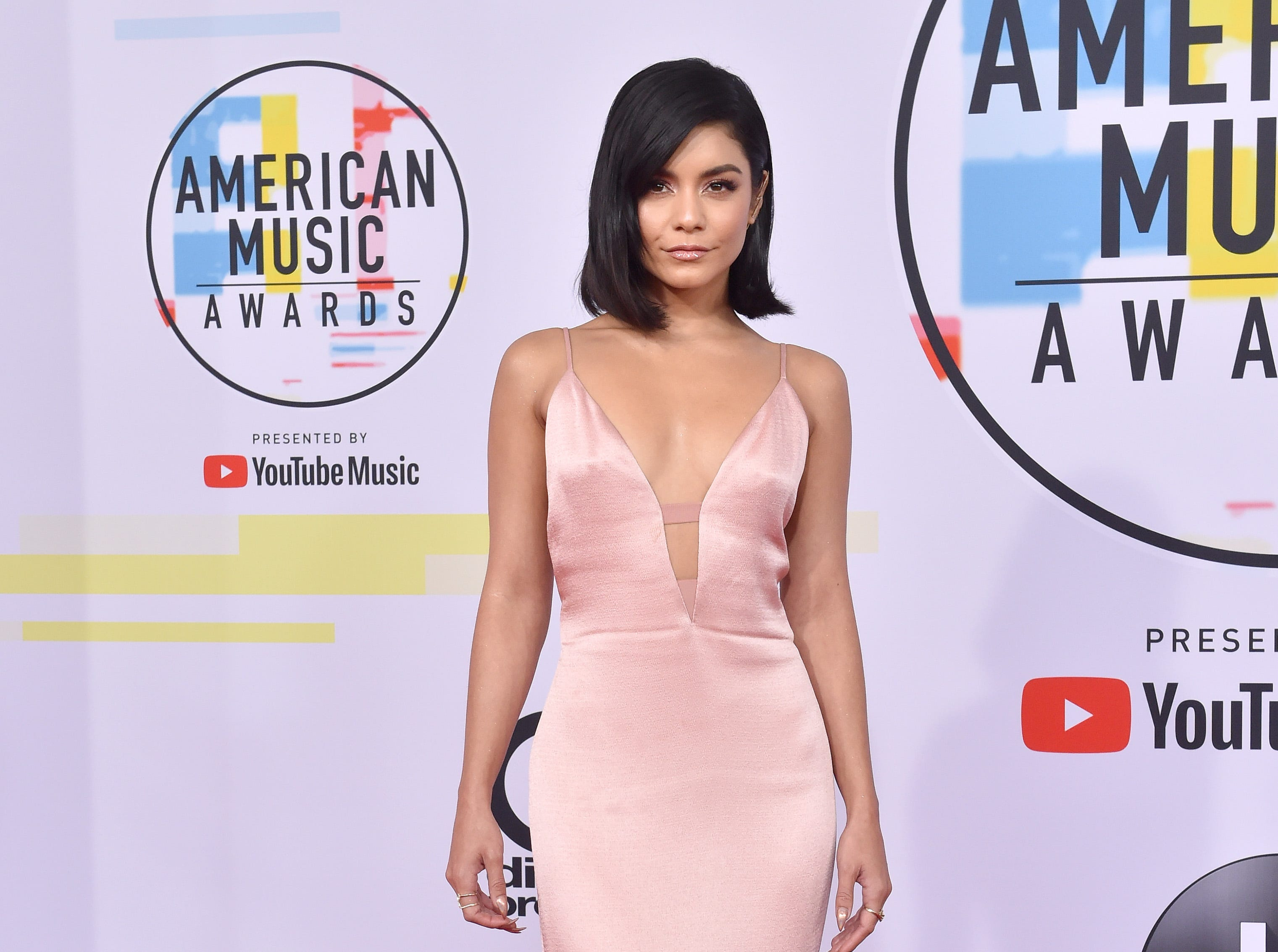 LOS ANGELES, CA - OCTOBER 09:  Vanessa Hudgens attends the 2018 American Music Awards at Microsoft Theater on October 9, 2018 in Los Angeles, California.  (Photo by Axelle/Bauer-Griffin/FilmMagic) ORG XMIT: 775232724 ORIG FILE ID: 1048613908
