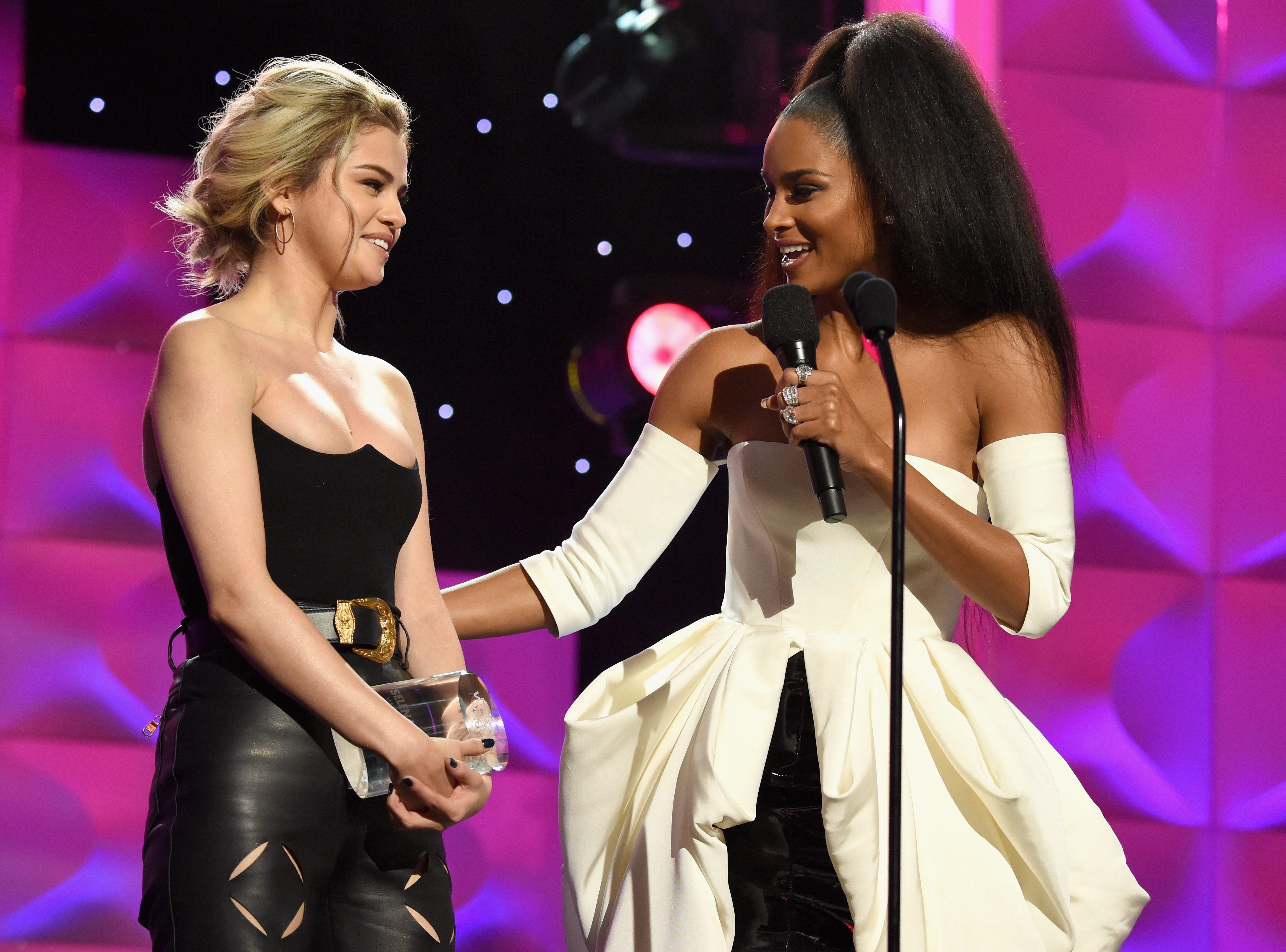 HOLLYWOOD, CA - NOVEMBER 30:  Honoree Selena Gomez (L) Accepts the Woman of the Year Award with host Ciara onstage at Billboard Women In Music 2017 at The Ray Dolby Ballroom at Hollywood & Highland Center on November 30, 2017 in Hollywood, California.  (Photo by Michael Kovac/Getty Images for Billboard) ORG XMIT: 775082060 ORIG FILE ID: 883400956