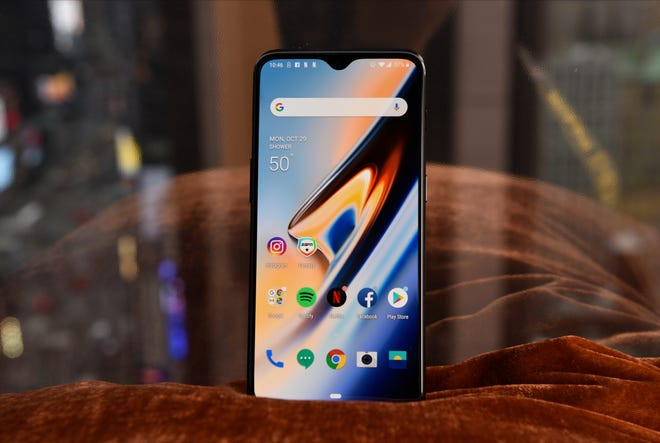 The OnePlus 6T.
