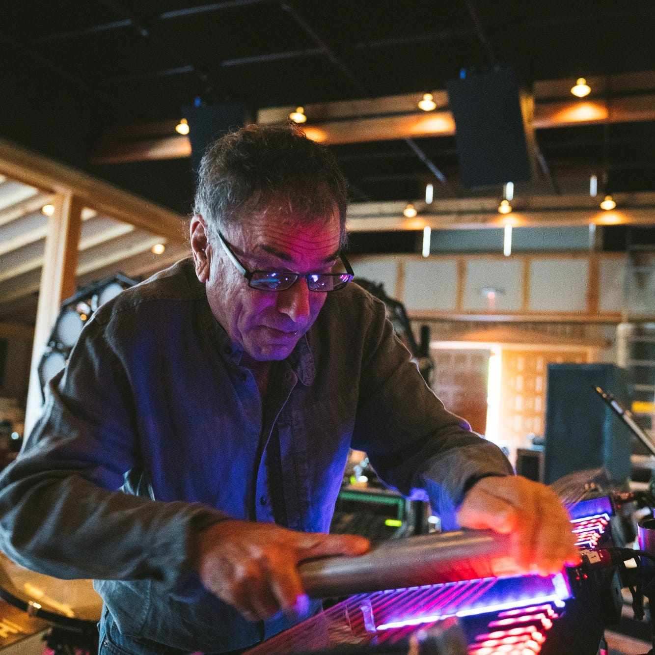 Grateful Dead drummer Mickey Hart on tour with visual art