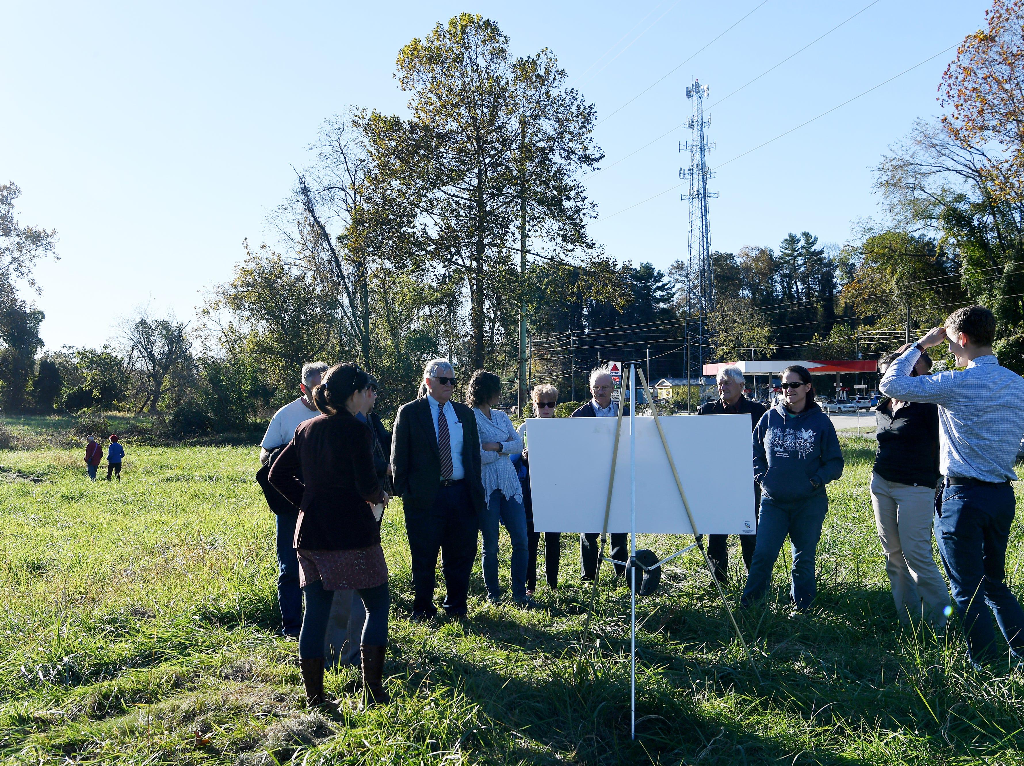 RiverLink revealed the draft master plan Oct. 29, 2018 for Karen Cragnolin Park, a 5-acre former junkyard on Amboy Road and along the French Broad River.
