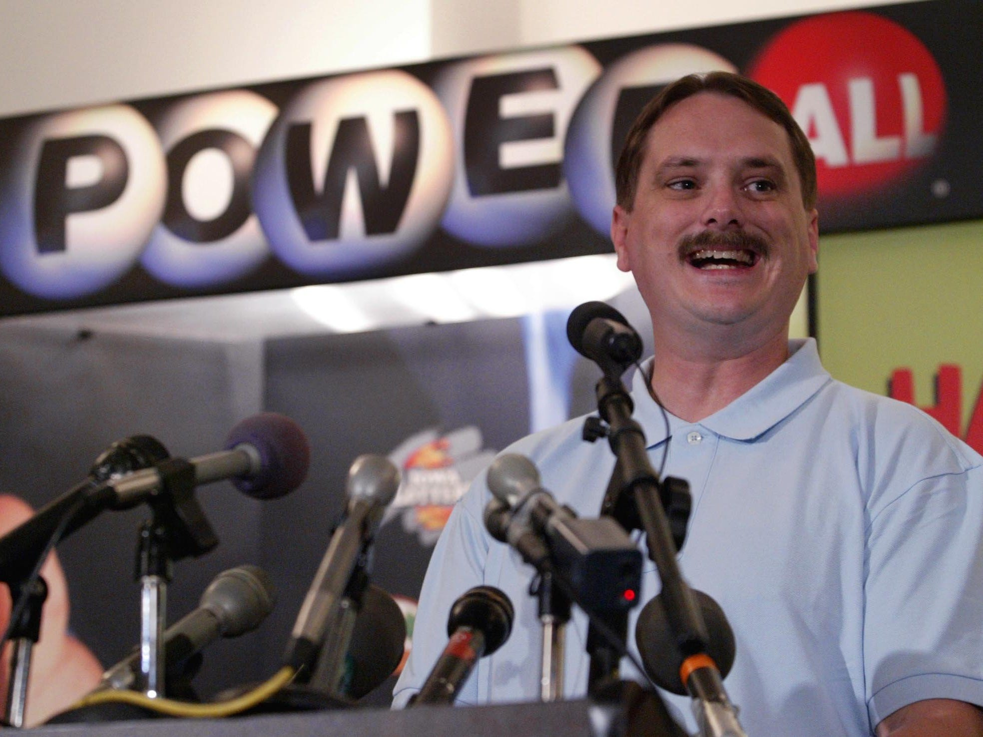 October 2006: Fort Dodge's Timothy Guderian won a Powerball jackpot prize worth $200.8 million.