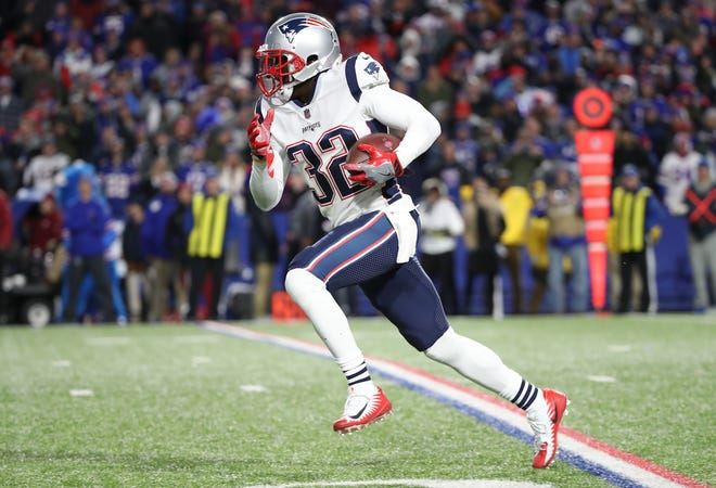 Devin McCourty of the Patriots intercepts a pass and runs it back the length of the field for a touchdown.