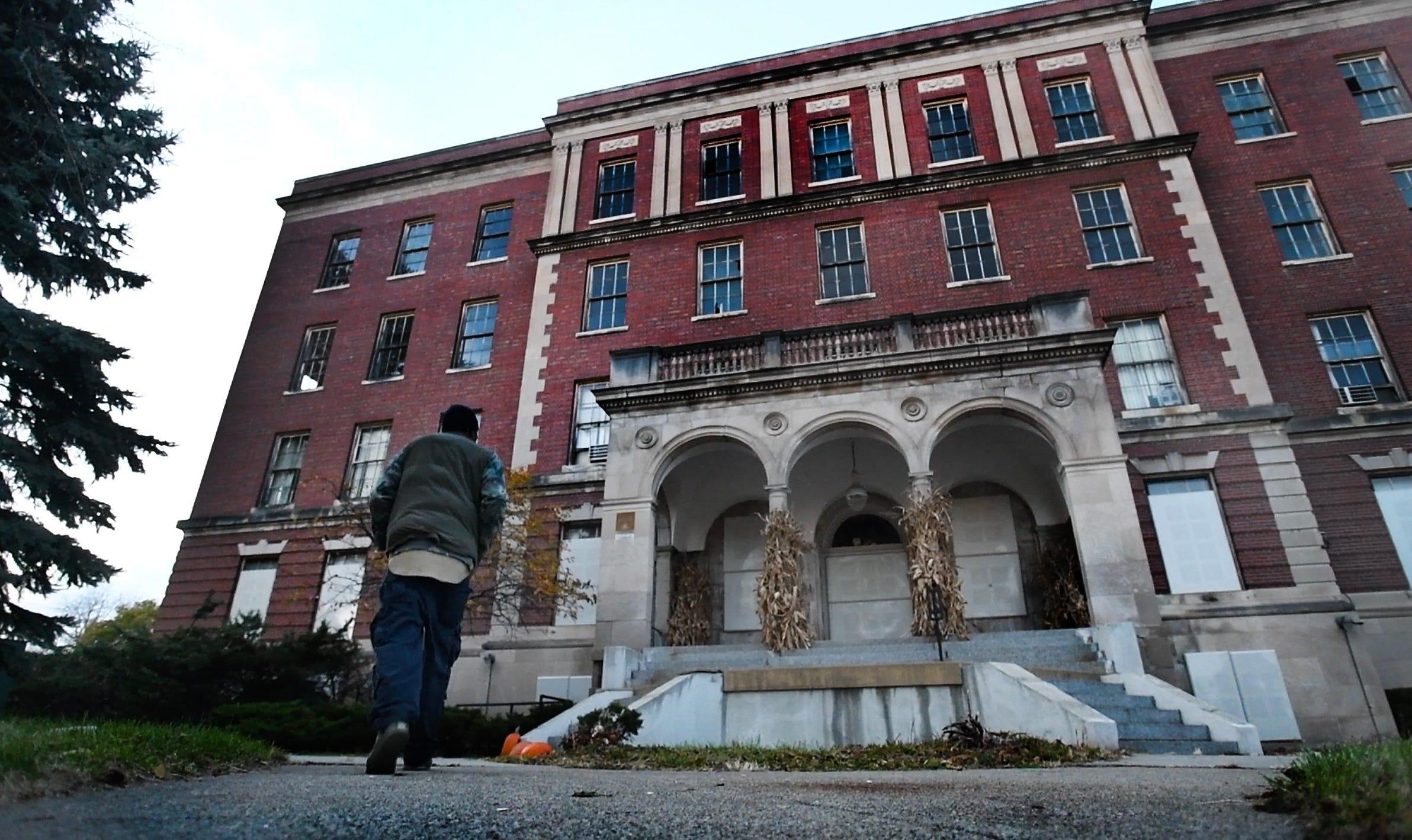 Touring History Inside Eloise Asylum
