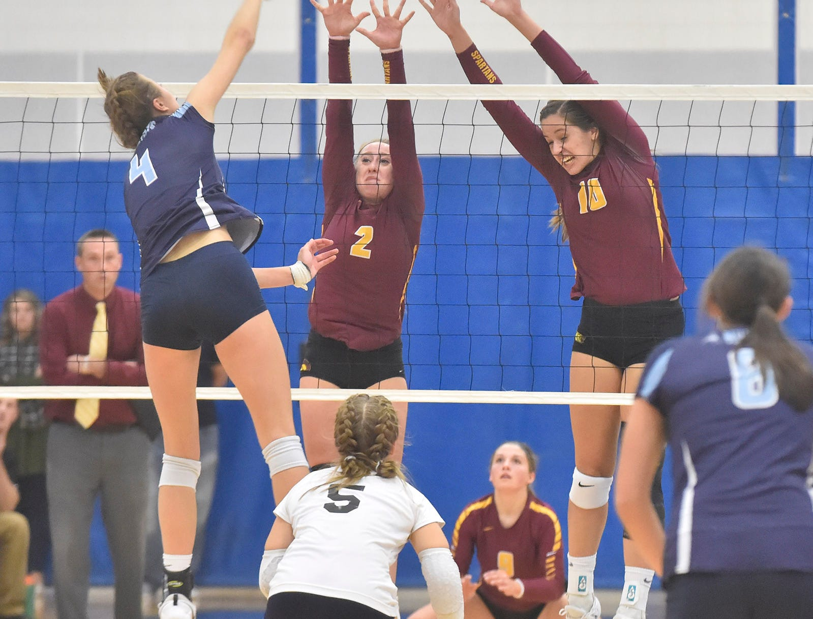 Rebekah Day, left, and Holly Baierl of Luxemburg-Casco at the WIAA Division 2 sectional final against Little Chute on Oct. 27, 2018, in Wrightstown. Tina M. Gohr/USA TODAY NETWORK-Wisconsin