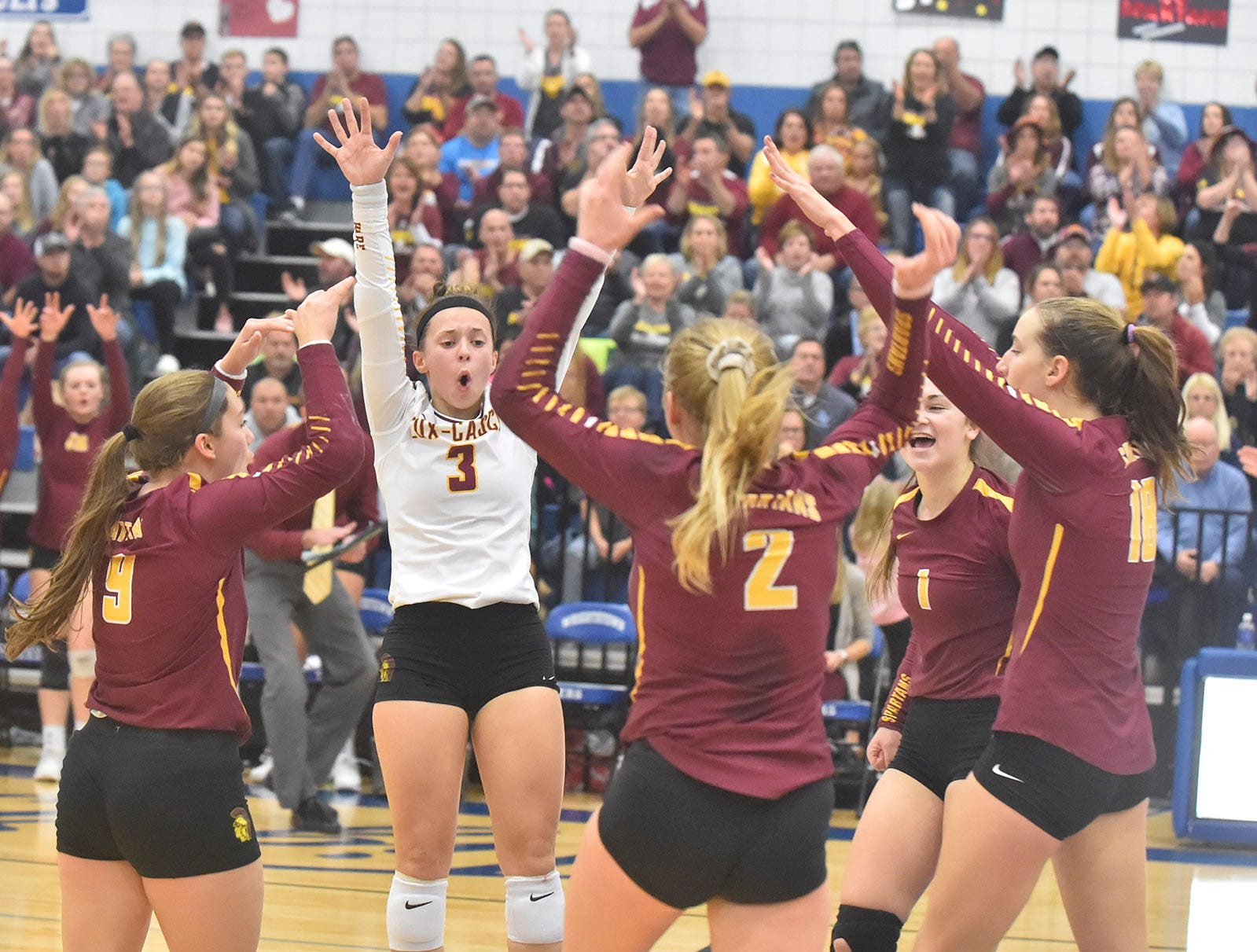 Luxemburg-Casco celebrates a point against Little Chute at the WIAA Division 2 sectional final against Little Chute on Oct. 27, 2018, in Wrightstown. Tina M. Gohr/USA TODAY NETWORK-Wisconsin